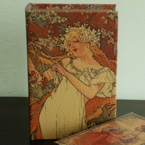 Műbőr könyvdoboz (27x18 cm) - Mucha