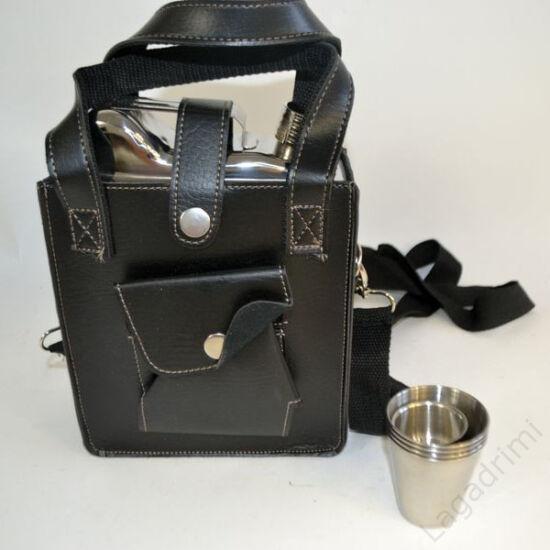 Laposüveg + 4pohár + tölcsér (1,5L) Benzines kanna, műbőr tokban